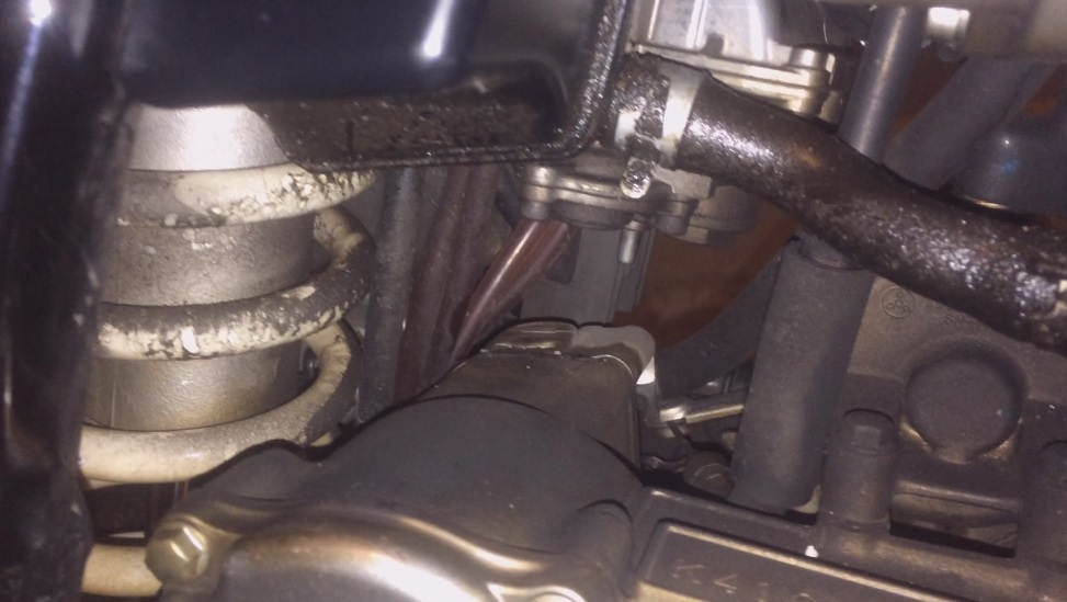 DRZ 400 oil pressure leak - DRZ400/E/S/SM - ThumperTalk