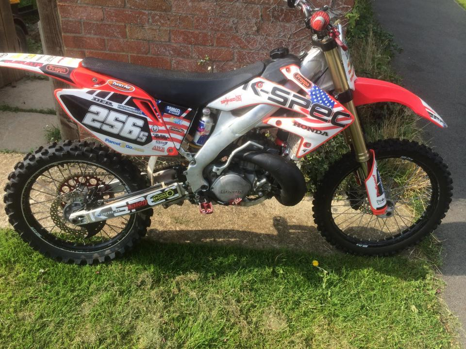 CR500 Motor w/ 02-04 YZ250 Frame? - Motorcycle Engineering and ...