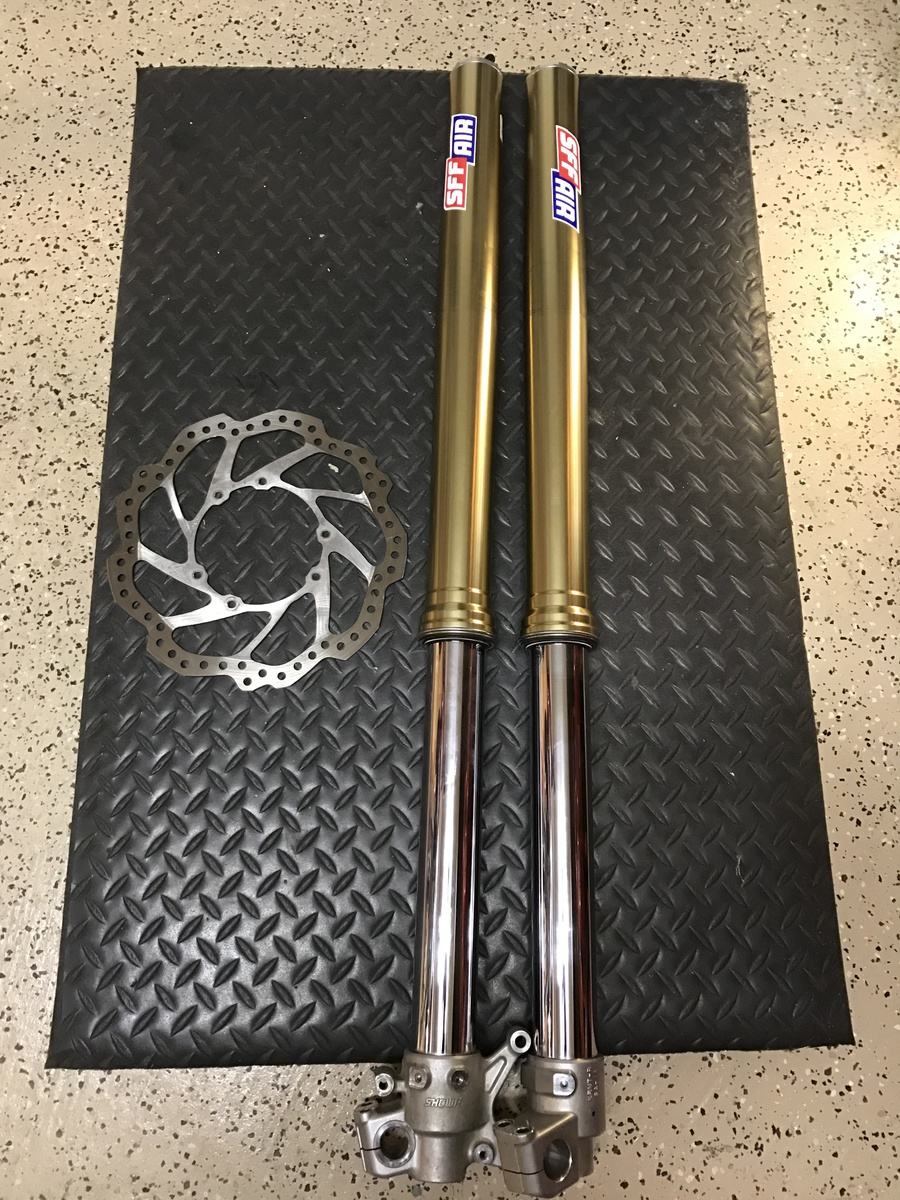 Showa SFF air TAC forks for CRF - Motorcycle Suspension