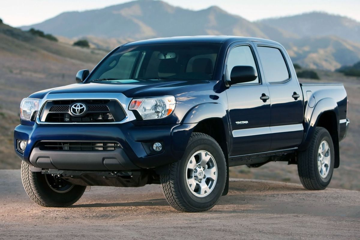 2015_Toyota_Tacoma_PreRunner_4dr_Double_Cab_50_ft_SB_27L_4cyl_4A_3924321.jpg