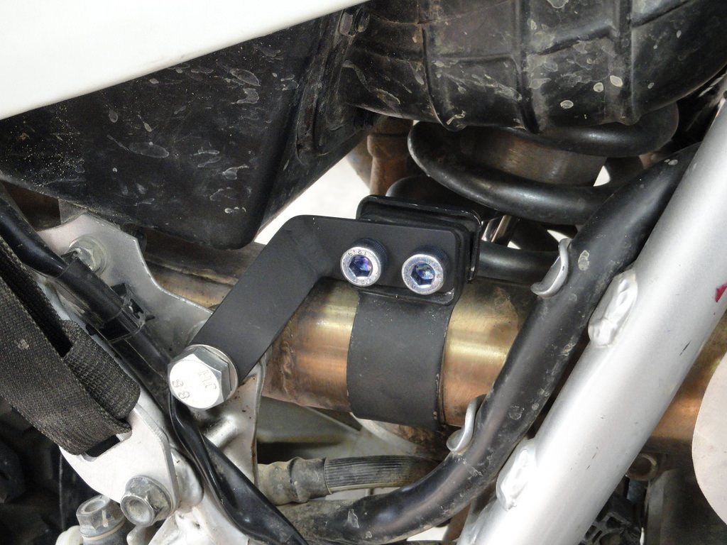 LexLeroy exhaust support.jpg
