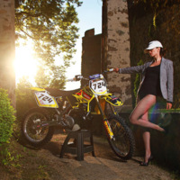 2013-RM250-Model-Photoshoot-_10.jpg