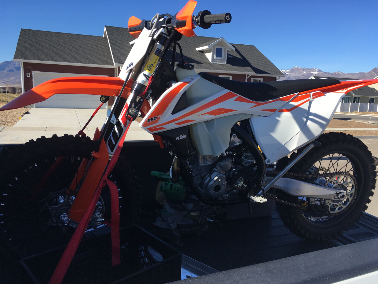 """2018 300 XC ..... """"out the door"""" prices. (USA) - KTM 2 ..."""