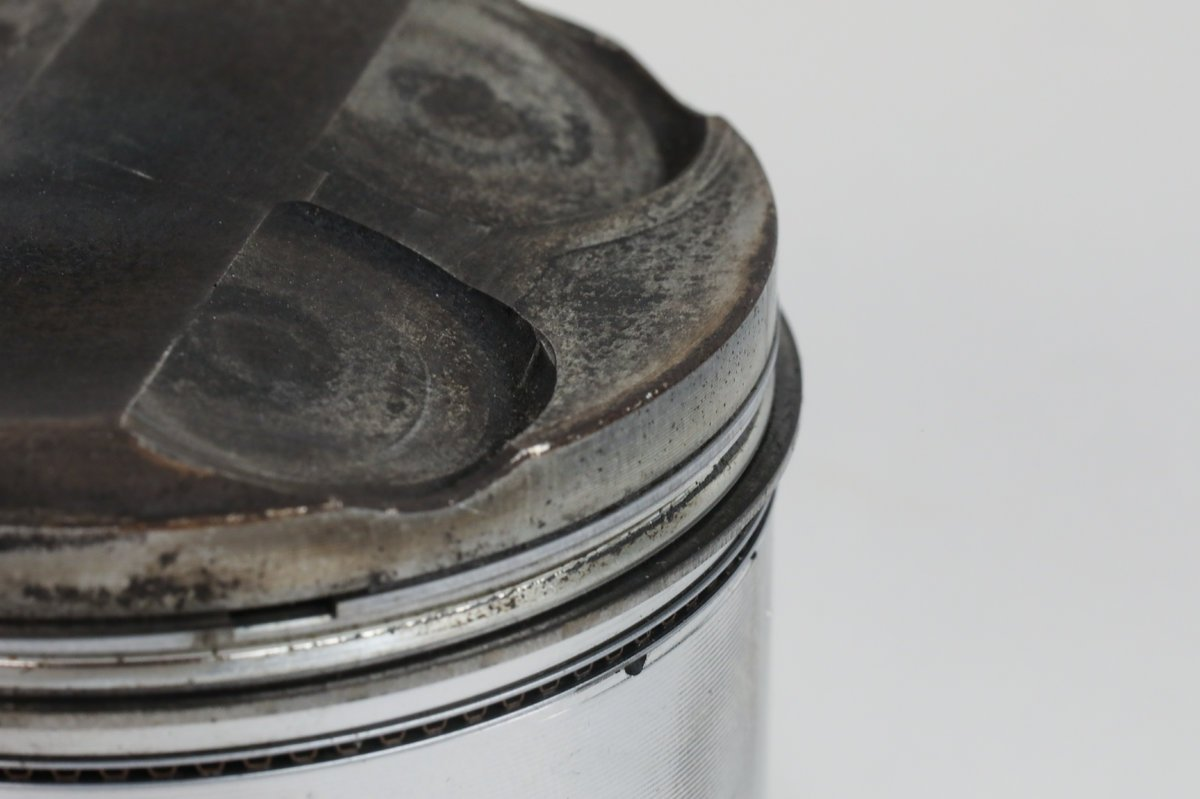 Detonation/Pre-Ignition Piston Example