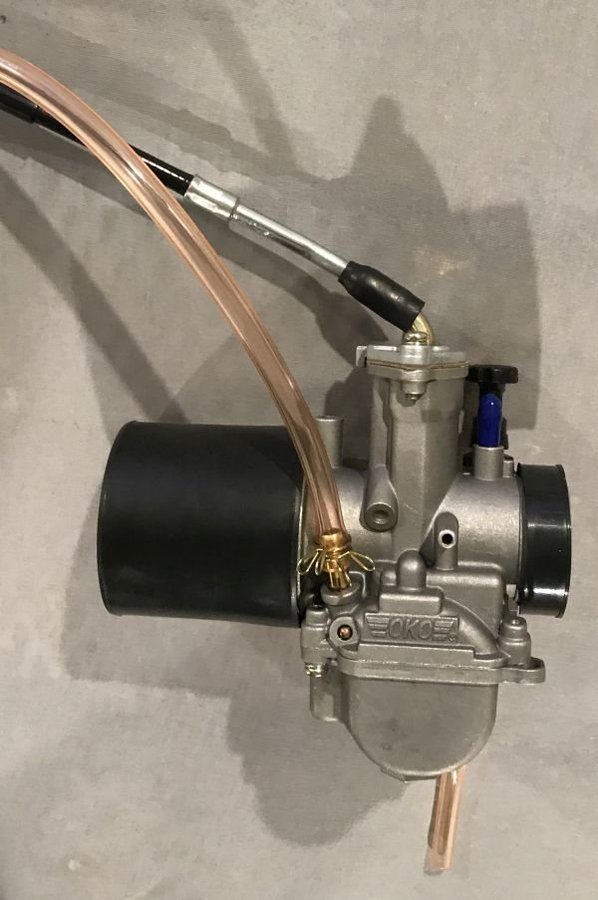 Carb throttle connected.jpg