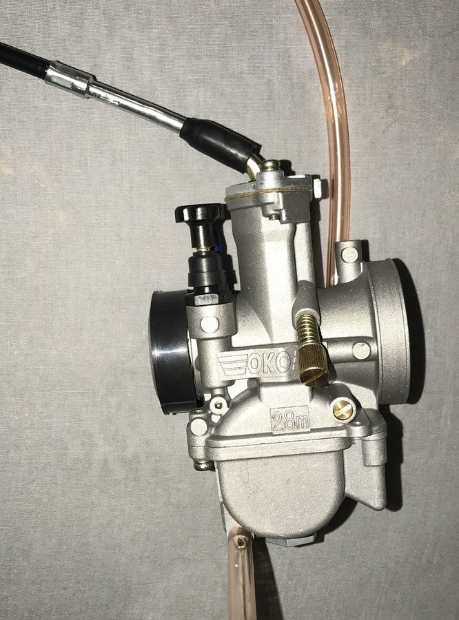 Carb throttle connected 2.jpg