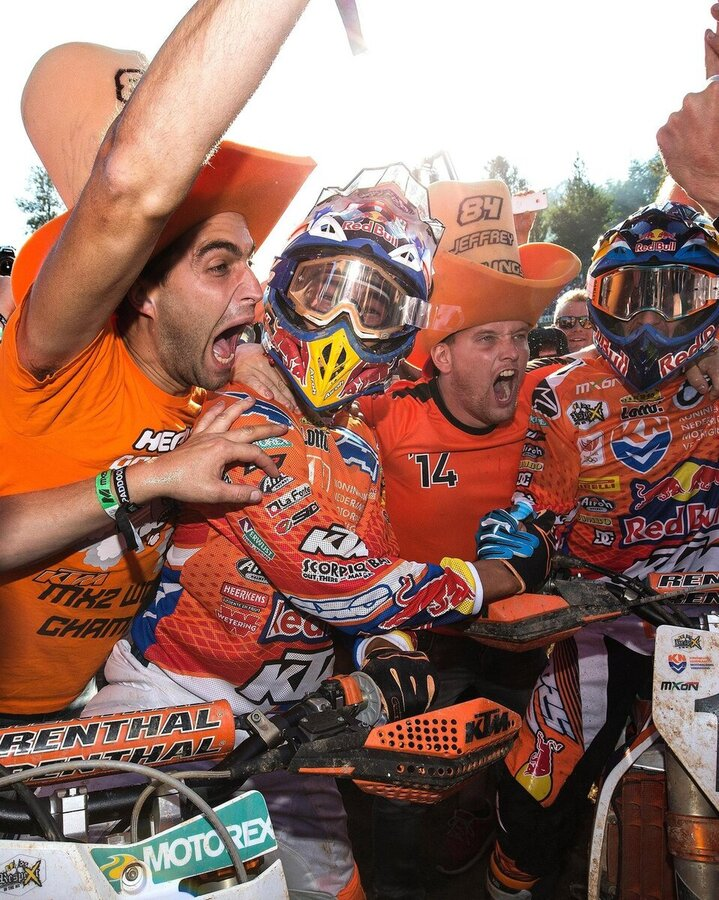 herlings-and-coldenhoff-celebrate-2nd-at-the-mxon (1).jpg